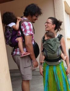 porte bébés préformés : manduca et Buzzidil